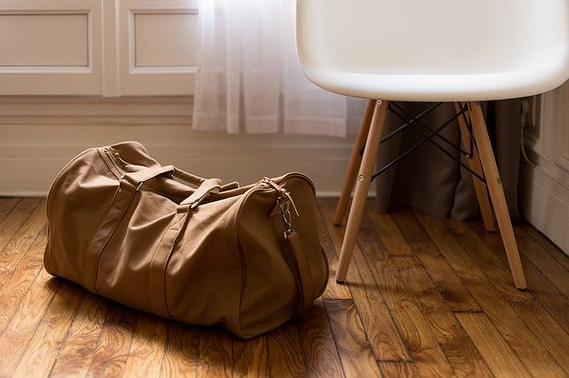 3 techniques pour bien ranger sa valise