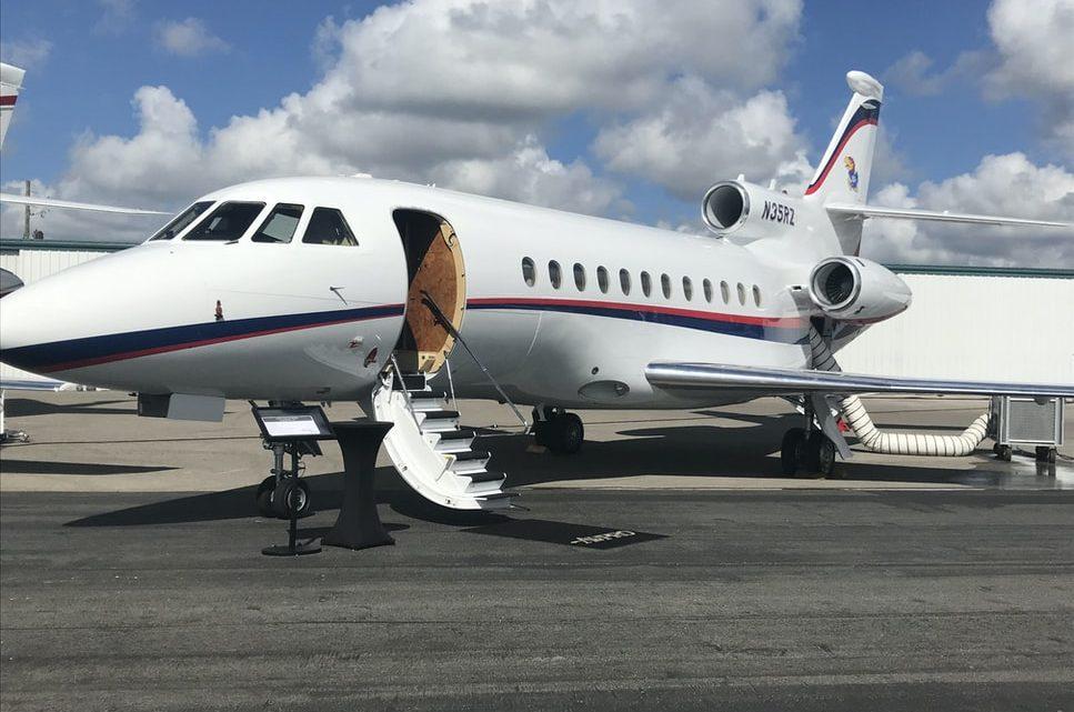 Location jet privé ou vol commercial : quelle option choisir?
