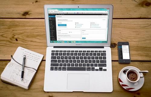 Choisir une agence de création de son site : les conseils pratiques